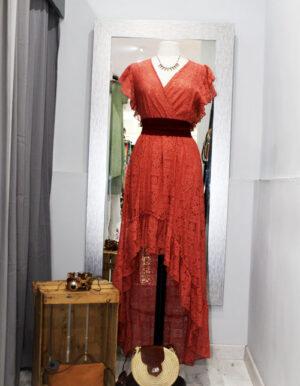 Vestido encaje showroompasaje